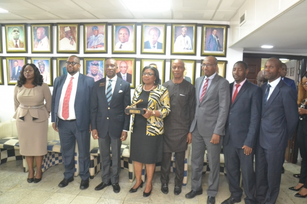 DMO Lists FGN Dual Tranche USD 2.5Billion and Tripple Tranch USD 2.86Billion EuroBonds on the Nigerian Stock Exchange
